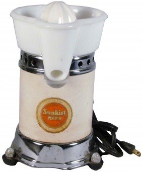 Sunkist Electric Juicer With Original Decal