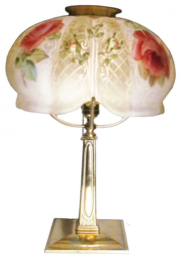 967: Gorgeous Pairpoint Puffy Table Lamp with Roses