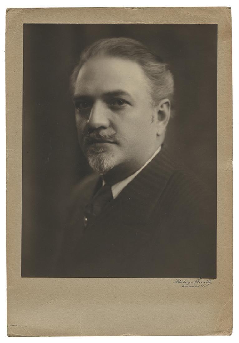 Portrait Photograph of Dante the Magician.