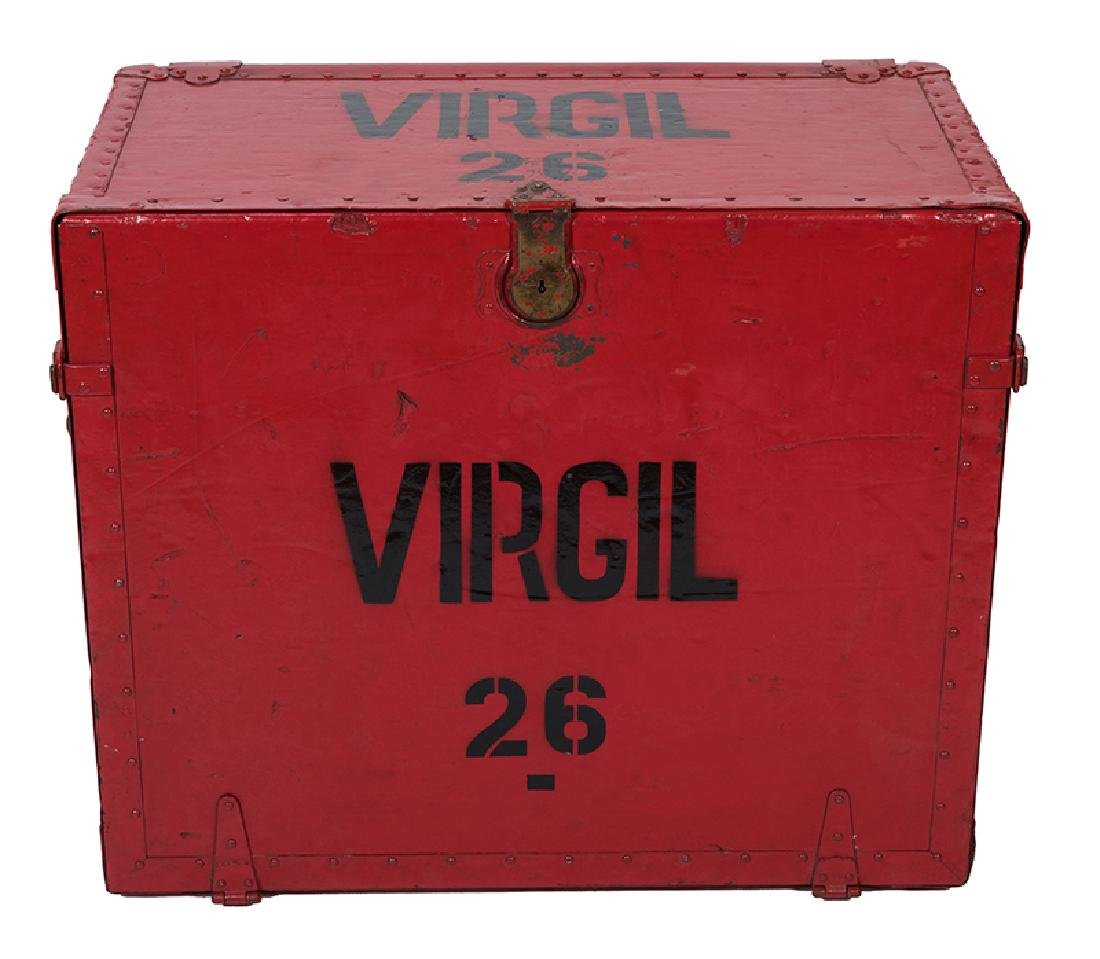 The Great Virgil Writing Desk Trunk. No. 26.