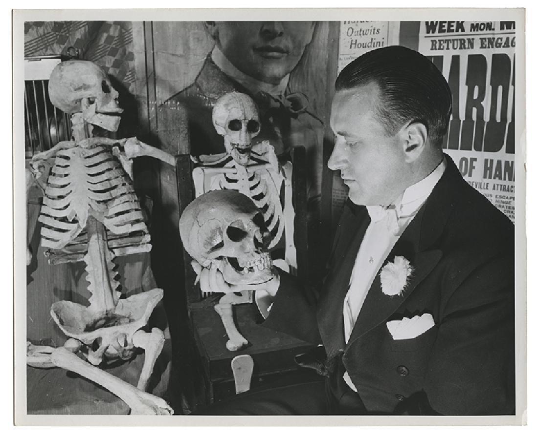File of Hardeen Jr. and Hellz-a-Poppin' Ephemera. - 3