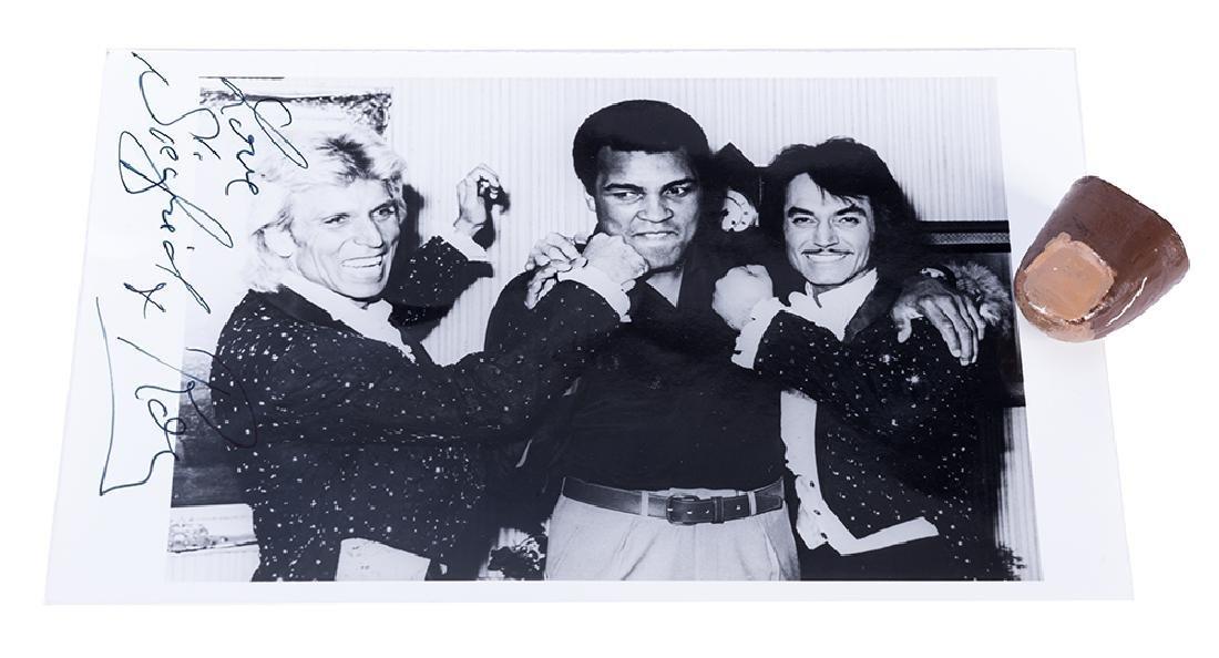 Muhammad Ali's False Thumb Tip.