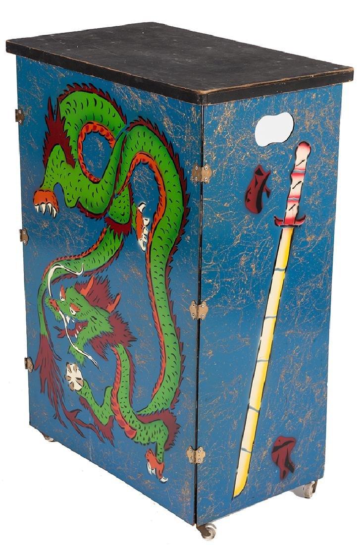 Dragon Table.