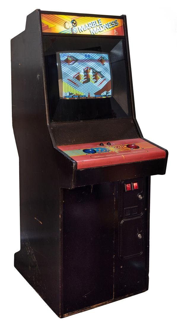 Marble Madness 25 Cent Upright Video Game. - 2