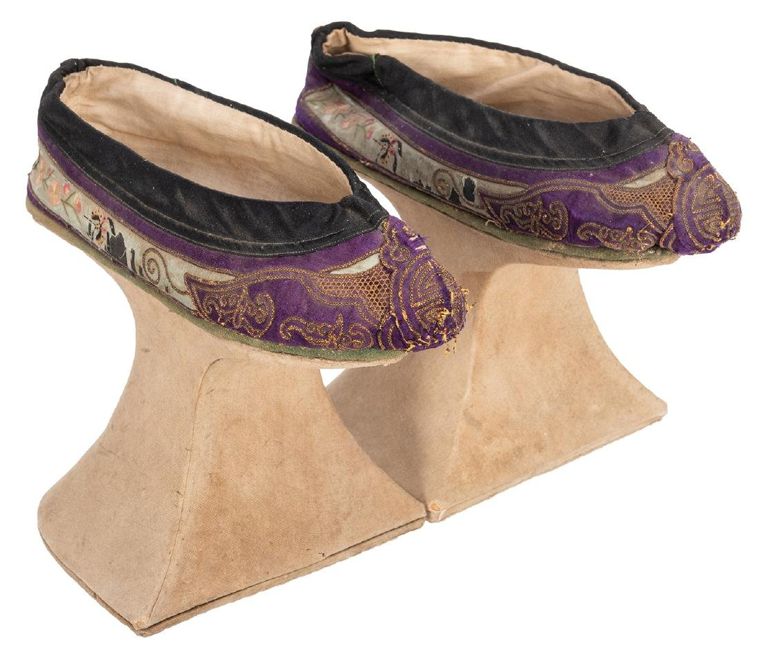 Chinese Chopine Shoes.