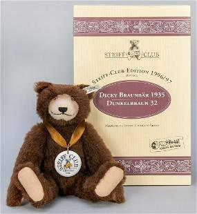Steiff Club Dicky Brown Bear 1935 / 1996/97 LE Replica.