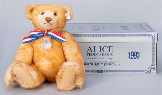 Steiff Alice Teddy Bear 1903 / 1993 LE. Limited edition