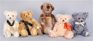Group of 5 Steiff / Walt Disney World Convention Bears.