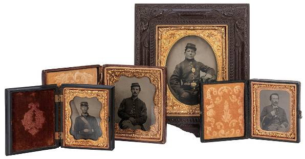 [U.S. CIVIL WAR]. A group of 4 Union soldier tintypes.