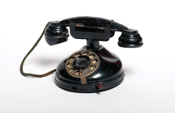 109: Miracle Phone. New York, U.F. Grant, ca. 1938