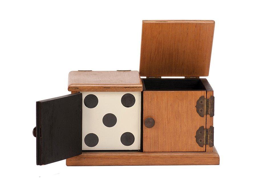 22: Die Box. Owen Magic [?], ca. 1965.