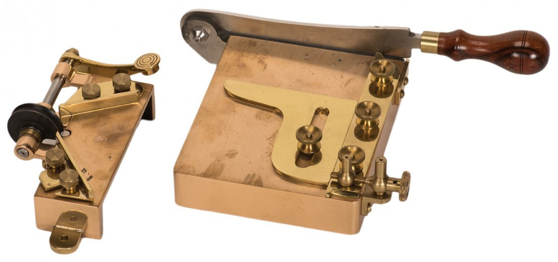 Card Trimmer and Corner Rounder. Asuza, Owen Magic