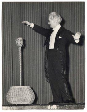 Blackstone, Harry. Blackstone Indian Rope Trick Photos.