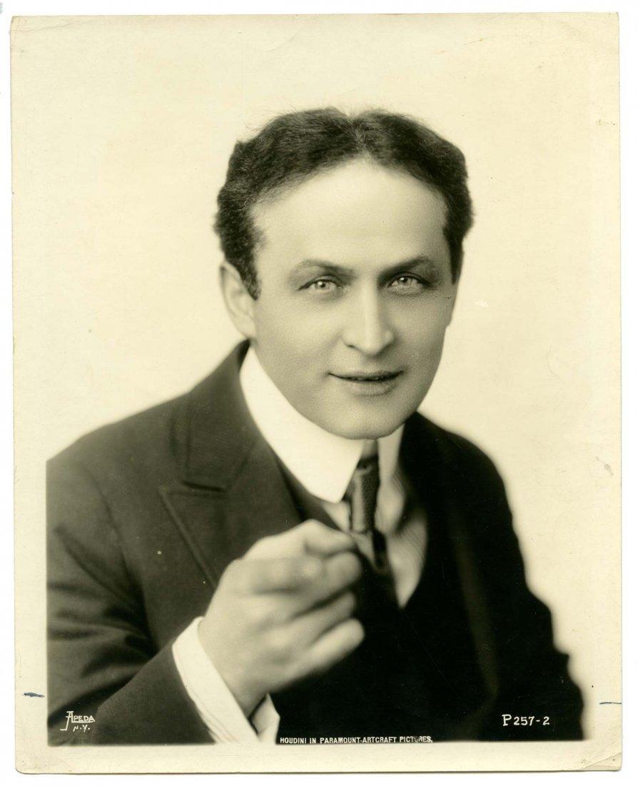 Houdini, Harry. Photographic Portrait of Houdini. New