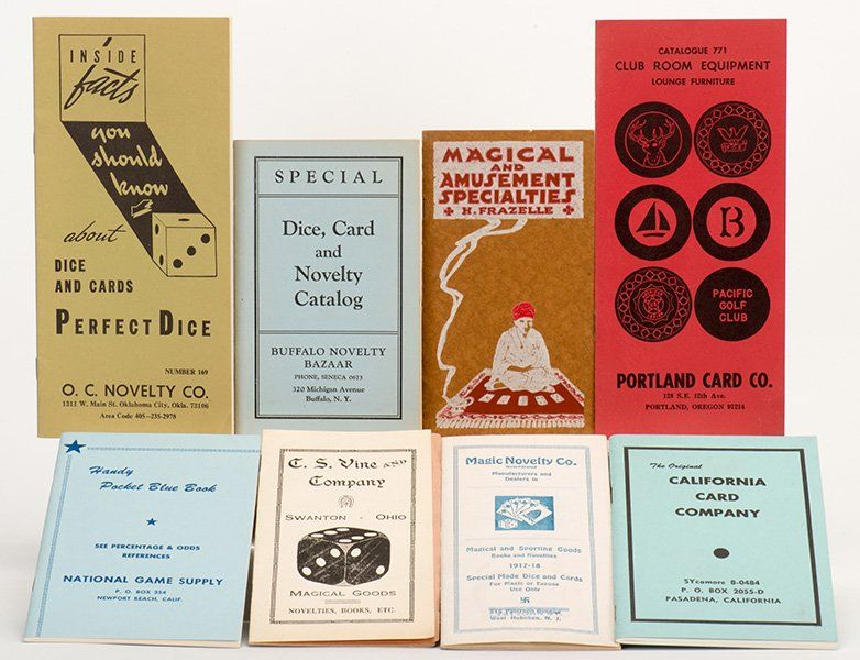 [Miscellaneous] Group of Nine Vintage Gambling Supply