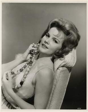 2: Carroll Baker key-set photos from How the West Was W