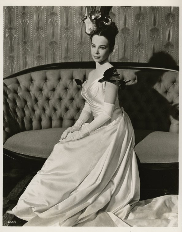 8: Leslie Caron key-set photos from Gigi by Cecil Beato - 3