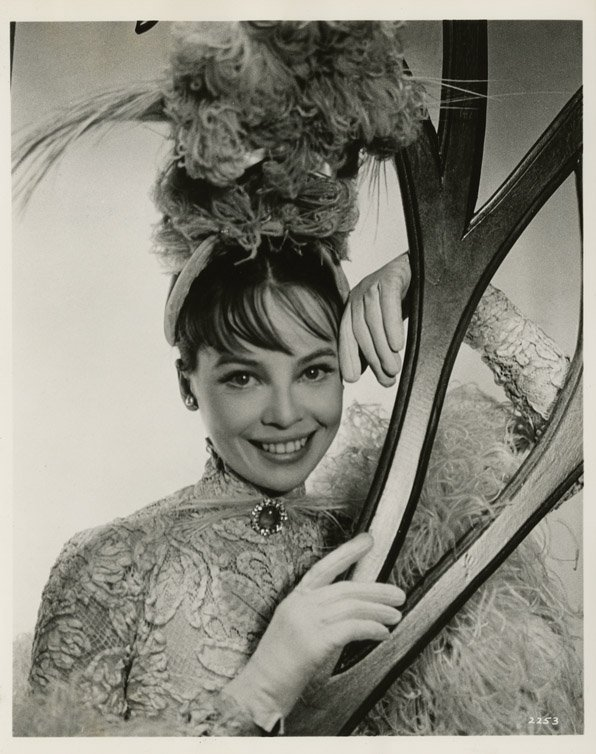 9: Leslie Caron key-set photos from Gigi by Cecil Beato - 2