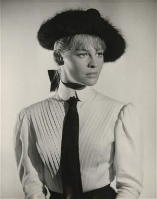 22: Julie Christie key-set portraits from Doctor Zhivag