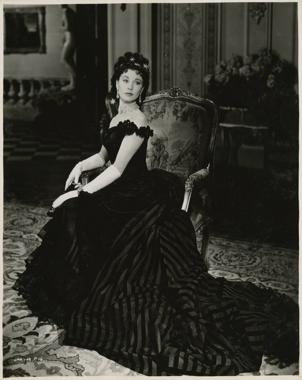 122: Vivien Leigh key-set portraits from Anna Karenina