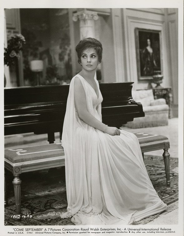 130: Gina Lollobrigida photos from Go Naked in the Worl - 4
