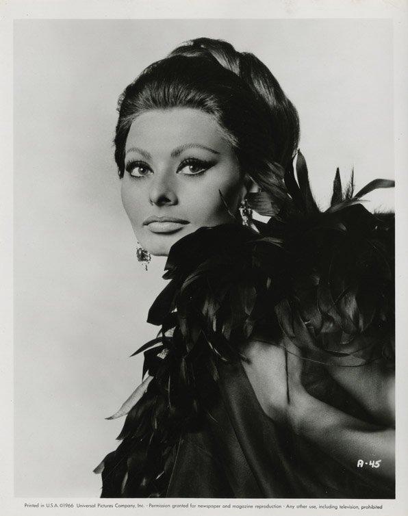 141: Sophia Loren portraits from Arabesque by Richard A - 2
