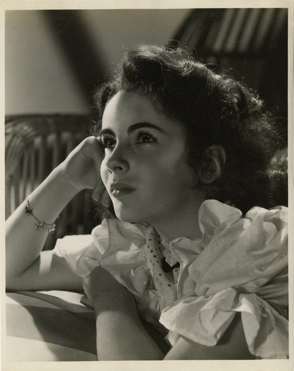 183: Elizabeth Taylor photos from The Courage of Lassie - 4