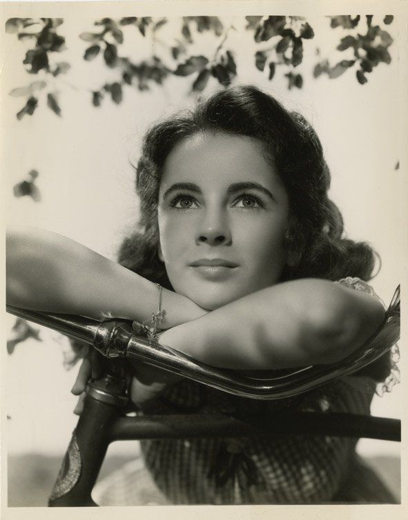 183: Elizabeth Taylor photos from The Courage of Lassie - 6