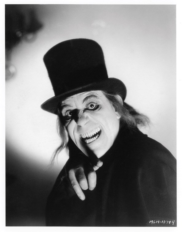 669: Lon Chaney Vampire top hat London After Midnight - 9