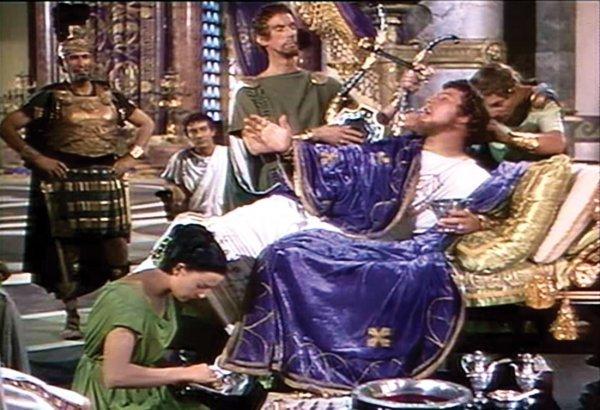796: Peter Ustinov Nero peplos & mantle from Quo Vadis - 6