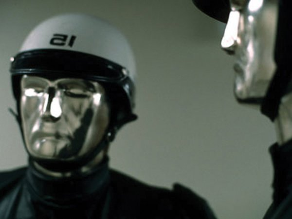 844: Android police mask from THX 1138 - 5