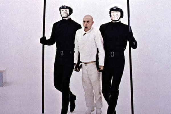 844: Android police mask from THX 1138 - 6