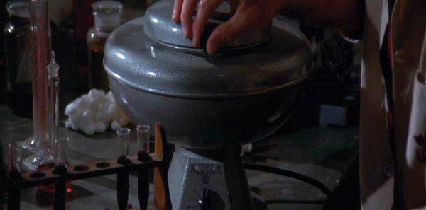 845: Centrifuge used by Charlton Heston - The Omega Man - 3
