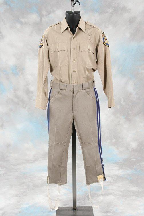 855: Erik Estrada Ponch CHP uniform shirt & pants