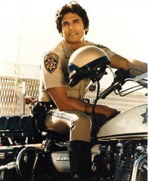 855: Erik Estrada Ponch CHP uniform shirt & pants - 5