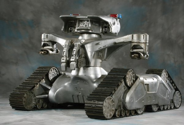 919: Screen-used Hunter/Killer Tank from The Terminator - 2