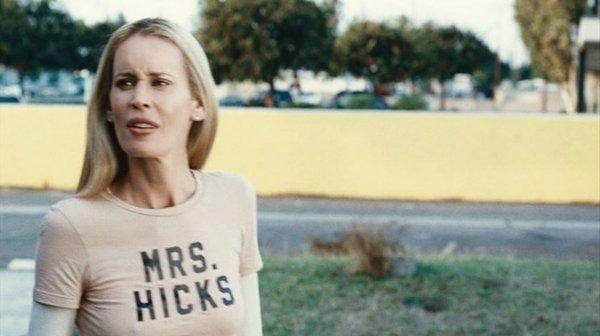 1001: Jennifer Schwalbach Emma t-shirt from Clerks II - 2