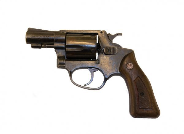 1009: Revolver that shoot Tony Soprano in The Sopranos