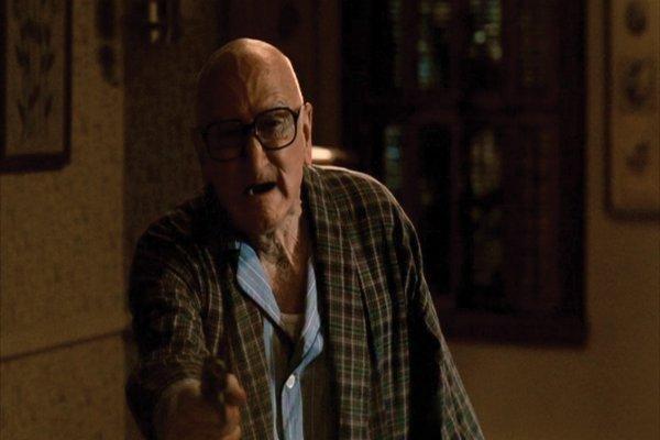1009: Revolver that shoot Tony Soprano in The Sopranos - 5