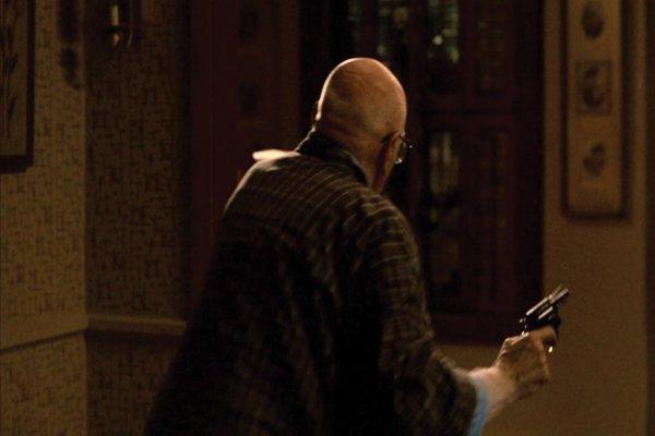1009: Revolver that shoot Tony Soprano in The Sopranos - 6