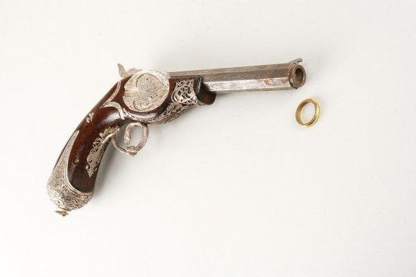 1020: Brad Pitt Jerry Welbach hero gun from The Mexican - 4