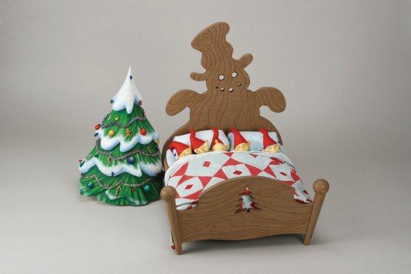 1102: Elven bed w/five Elves Nightmare Before Christmas