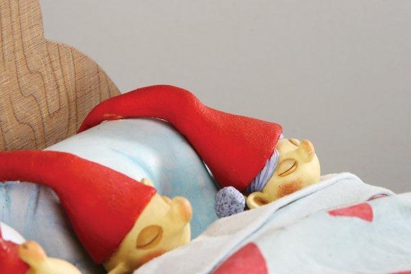 1102: Elven bed w/five Elves Nightmare Before Christmas - 6
