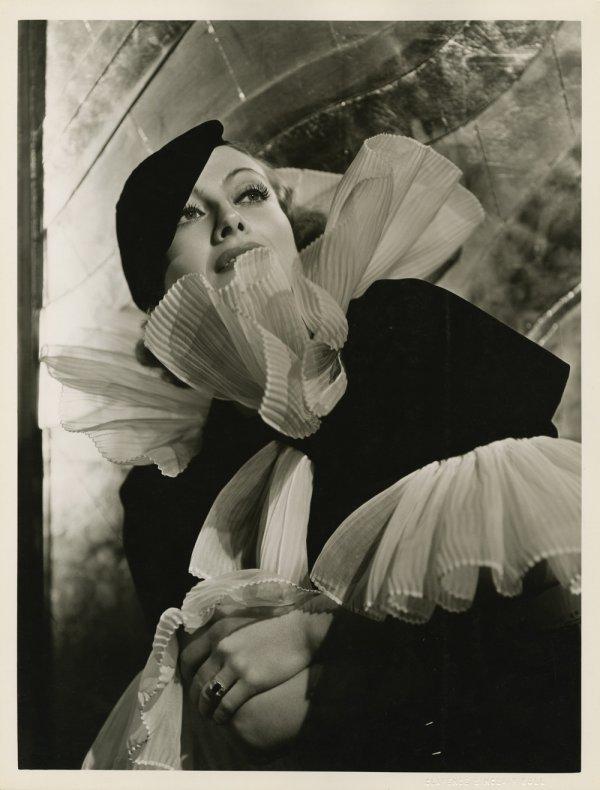 10: Joan Crawford photos Letty Lynton - Sinclair Bull