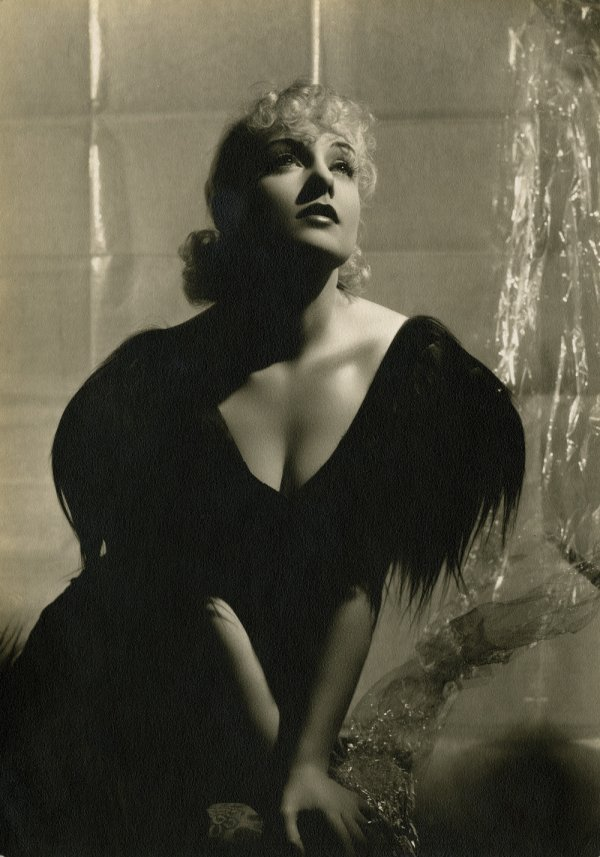 347: Carole Lombard exhibition photo by George Hurrell