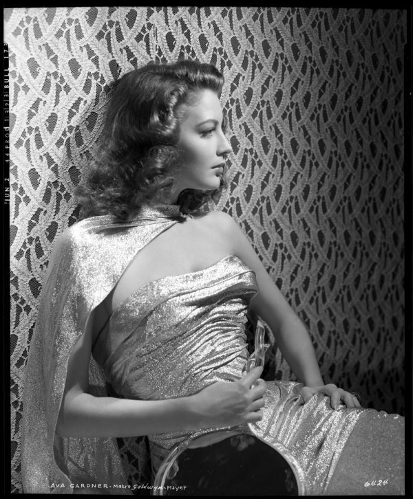 662: Ava Gardner negative from Masie goes to Reno