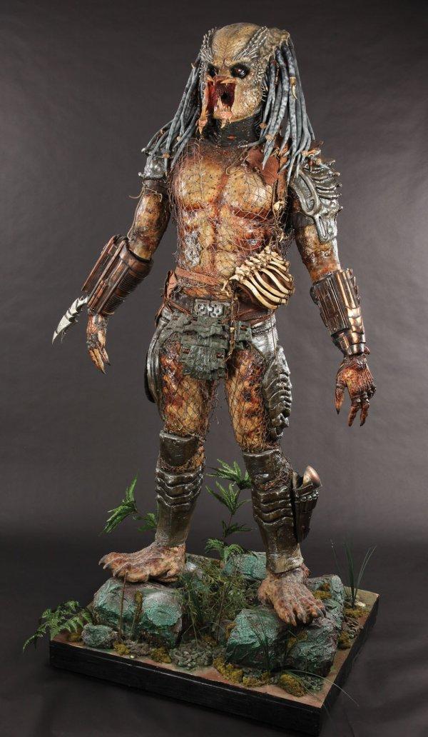 Predator Animatronic Mask & Costume from Predator 2 - 2