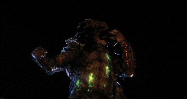 Predator Animatronic Mask & Costume from Predator 2 - 9