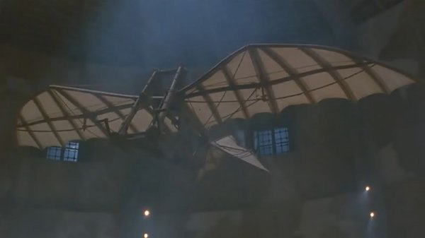 Da Vinci glider flown by Bruce Willis in Hudson Hawk - 3