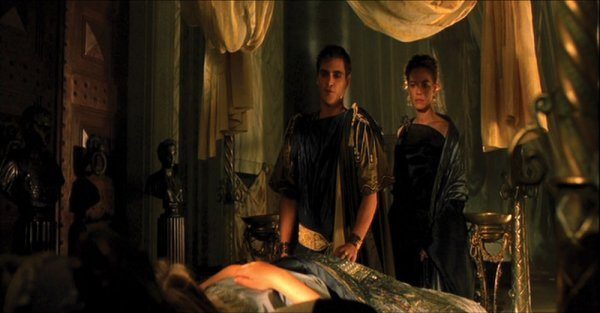 Connie Nielsen Lucilla black gown from Gladiator - 2